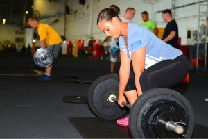 female sumo stance deadlift