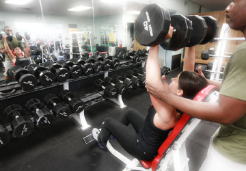 protein weight lifting research